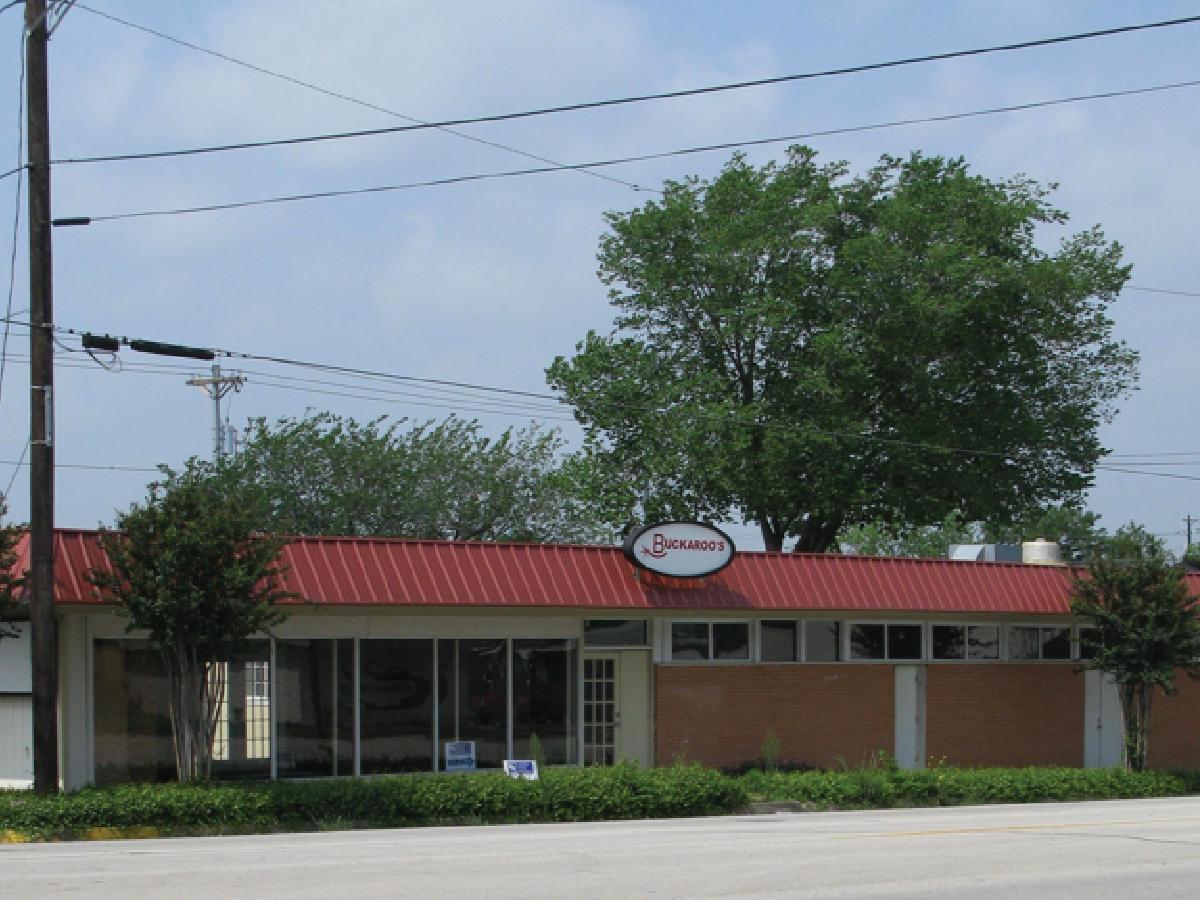 610 W Austin St, Giddings TX
